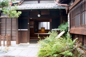 中川邸・入口