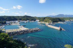 太地漁港を一望