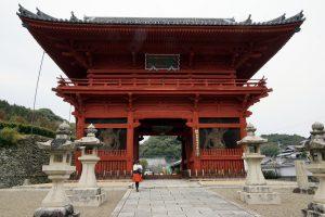粉河寺へと、中川アナ