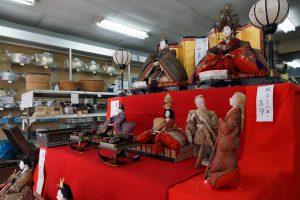 めん平(木村金物店)のひな人形(粉河とんまか雛通り)