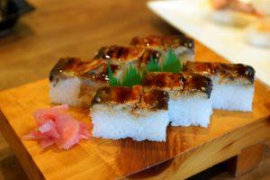 力寿しの鮎寿司