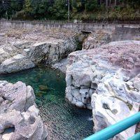 滝ノ拝、水がきれい