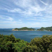 海岸の絶景、あの島は~