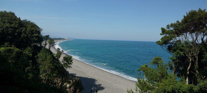 新宮、青い青い海に沿っていにしえの旅