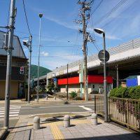 阪和自動車道をくぐる